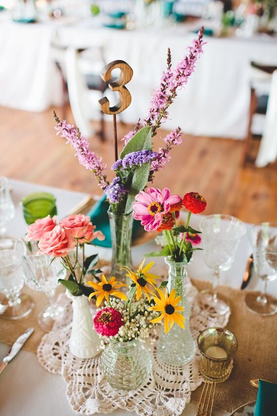 flowers and doilies cat and stef s 100 s and 1000 s wedding in rh pinterest com