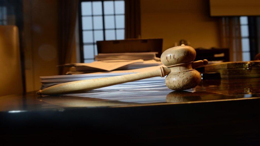 Työkiistan takana oli hallinto-oikeuksien yhdistyminen. Tuomari erosi lopulta virastaan itse – saatuaan sitä ennen 1,5 vuotta palkkaa käymättä töissä.  Copyright: Lehtikuva. Kuva: Martti Kainulainen.