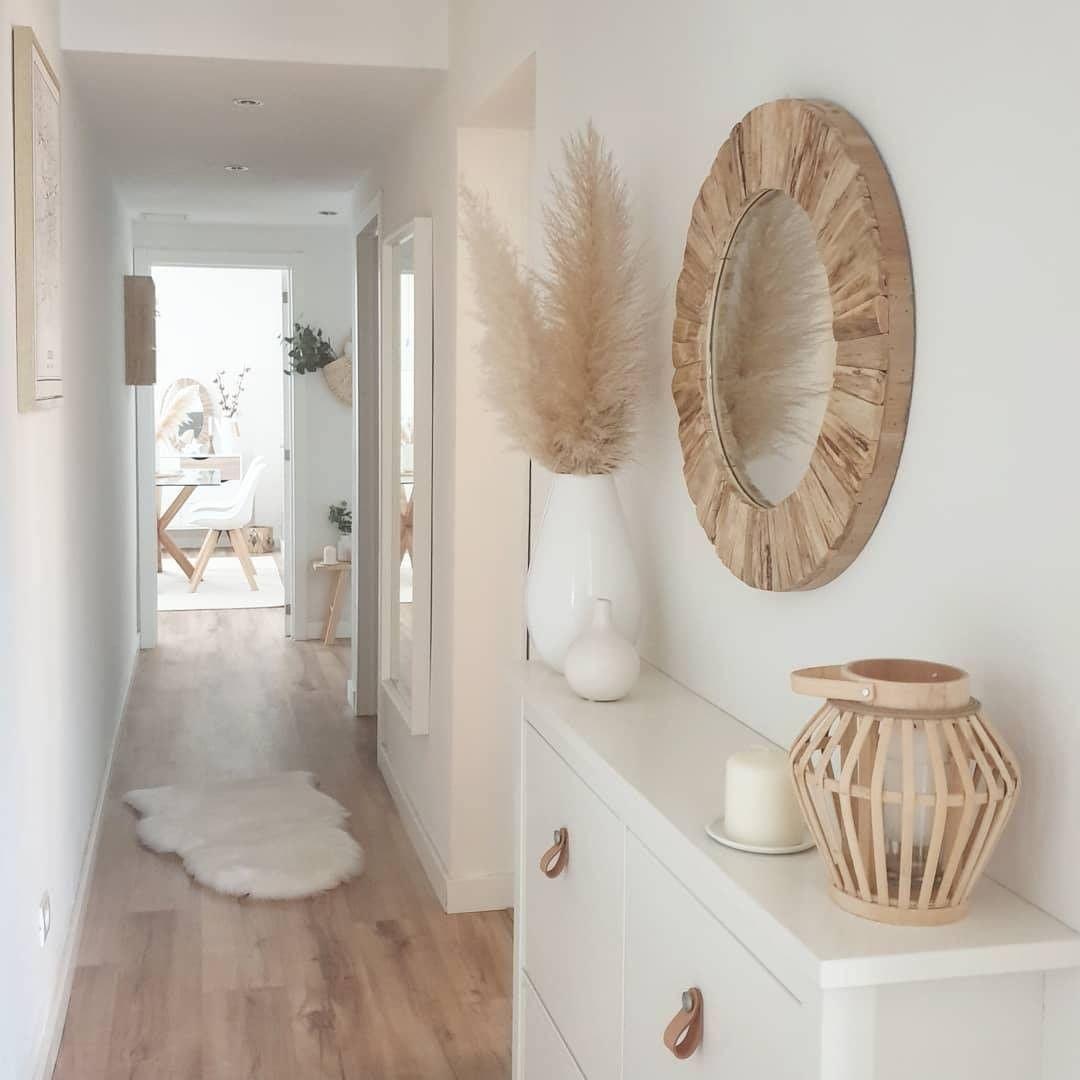 "Home with rue on Instagram: ""Awesome entryway decor!! via @deco_dulcehogar . . . . . . . . #homewithrue  #decoration #interioresdecor #micasa #interiordesing…"""