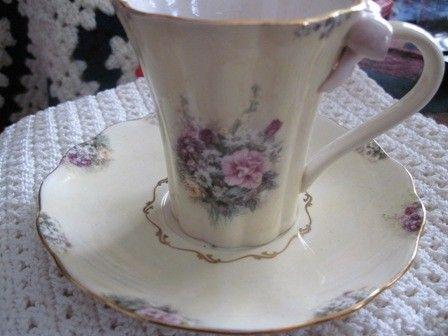 Vintage Victorian Cream Carnation Bradford Edition Lena Liu S
