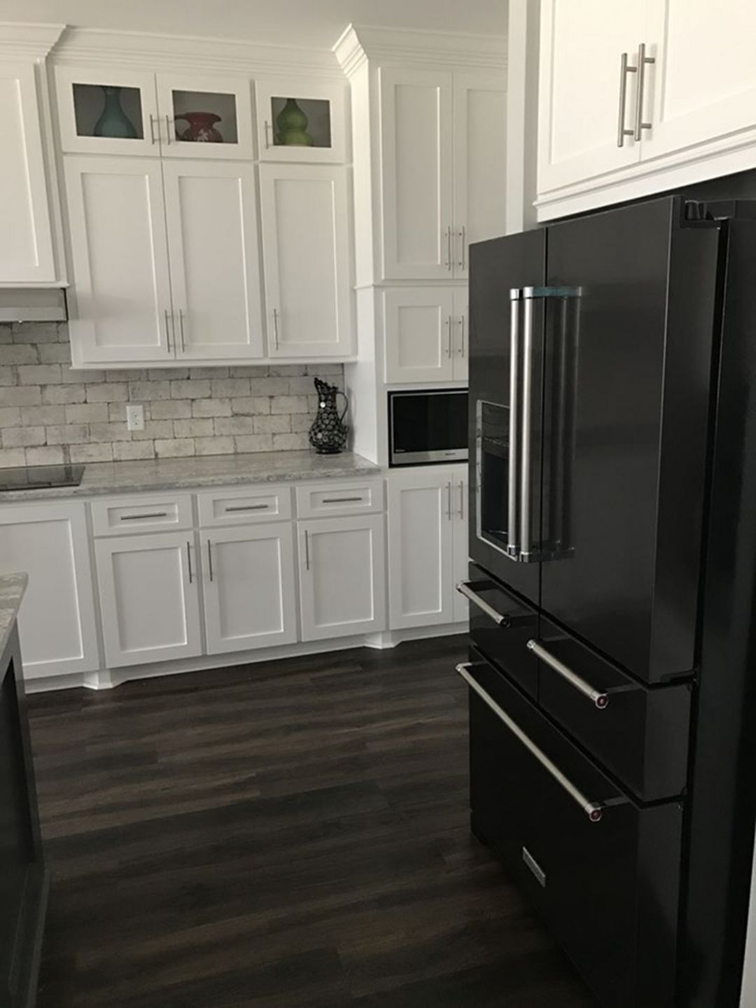 30 elegant black and white kitchen cabinet and appliance ideas rh pinterest com