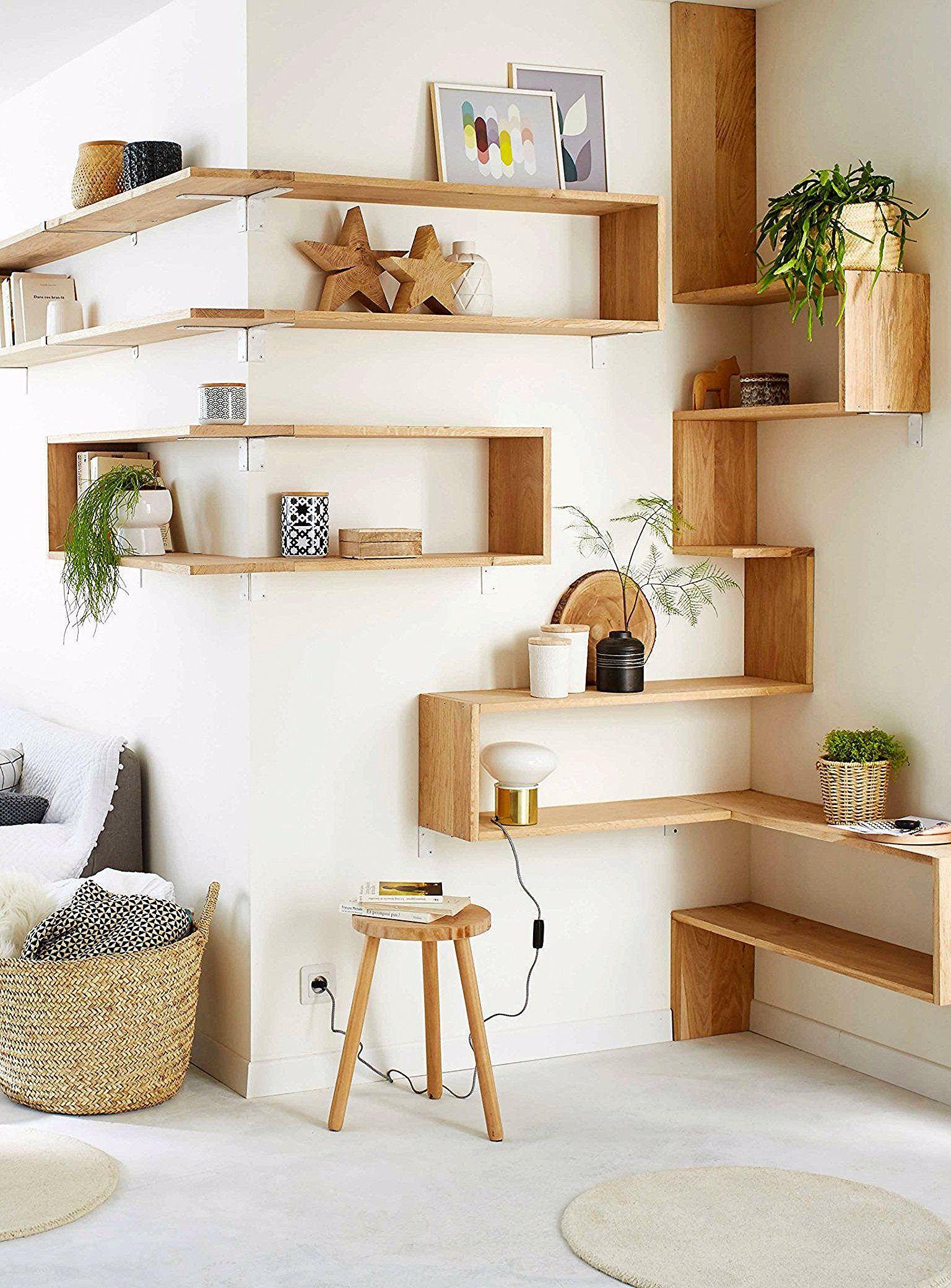 15 Meubles D Angle Parfaits Pour Optimiser Les Moindres Recoins D Une Piece In 2020 Easy Home Decor Oak Wall Shelves Home Decor