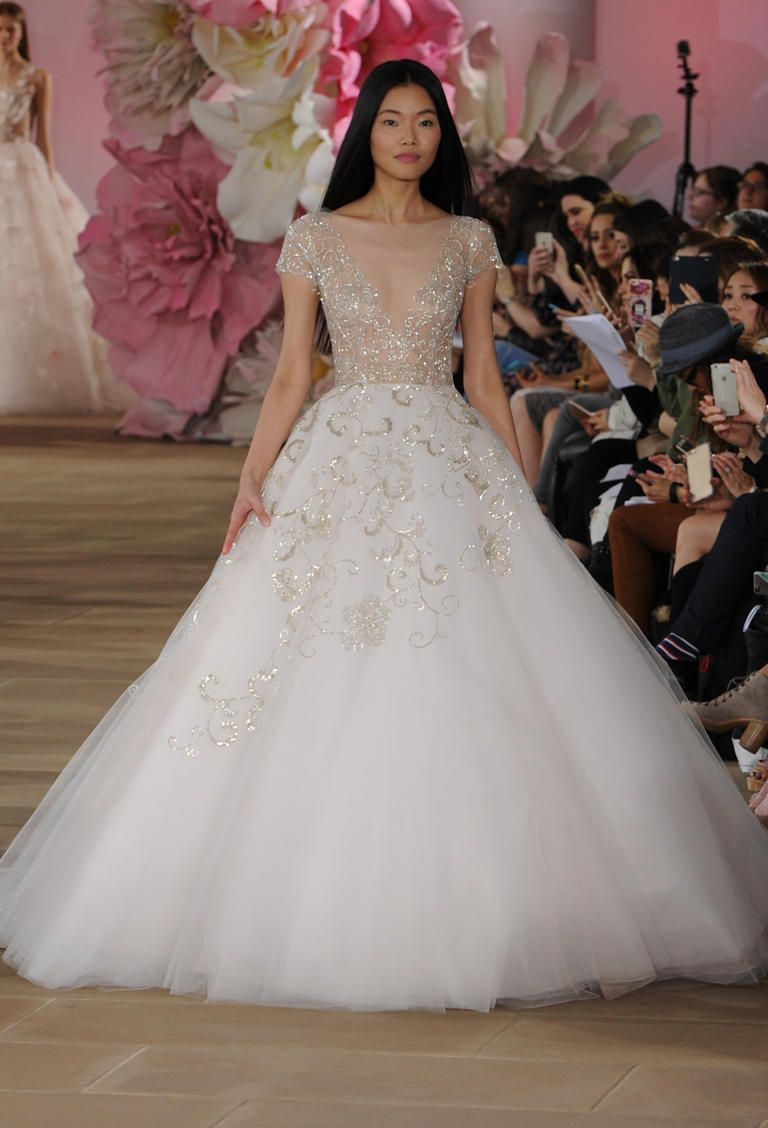 Bottom sheer wedding dress recommend to wear for everyday in 2019