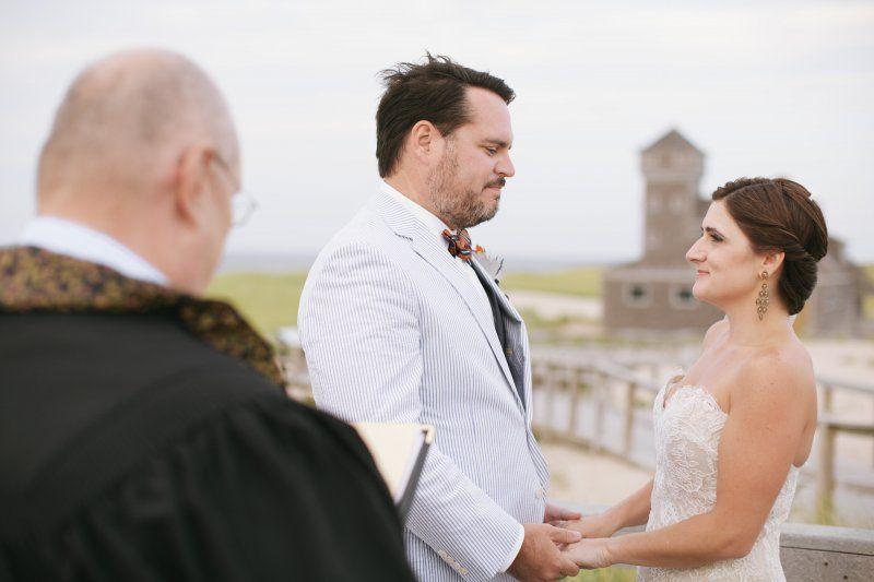 An Outdoor Beach Wedding Ceremony In Cape Cod Planning By Elegant Aura Elegantaura