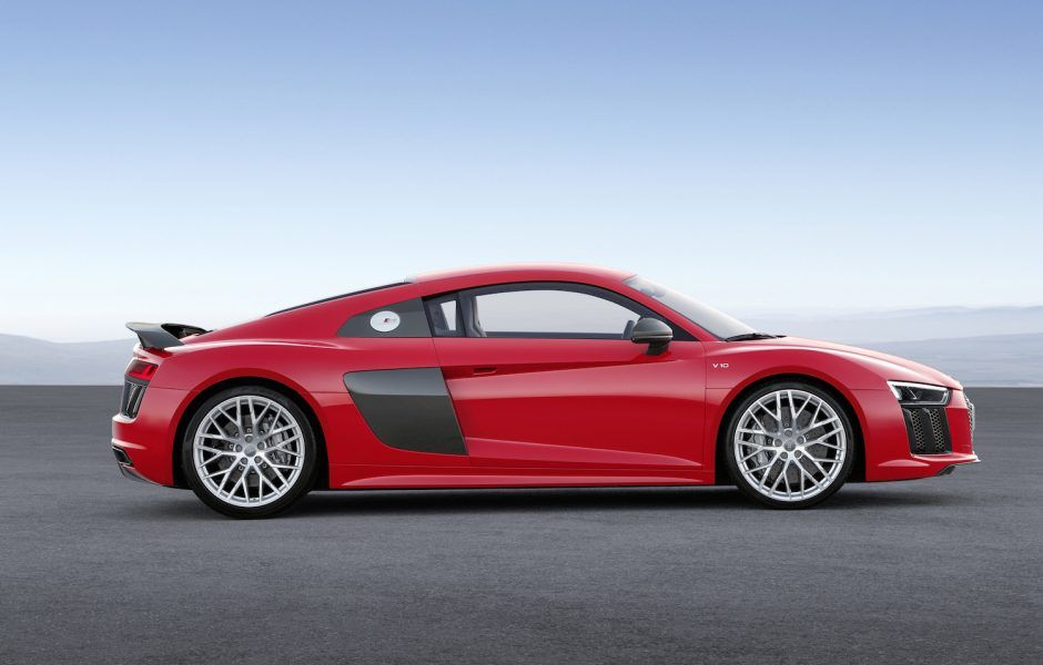 Robb Report S Best Of The Best Wheels 2016 The Manual The Manual Audi R8 V10 Plus Audi R8 Audi R8 Price