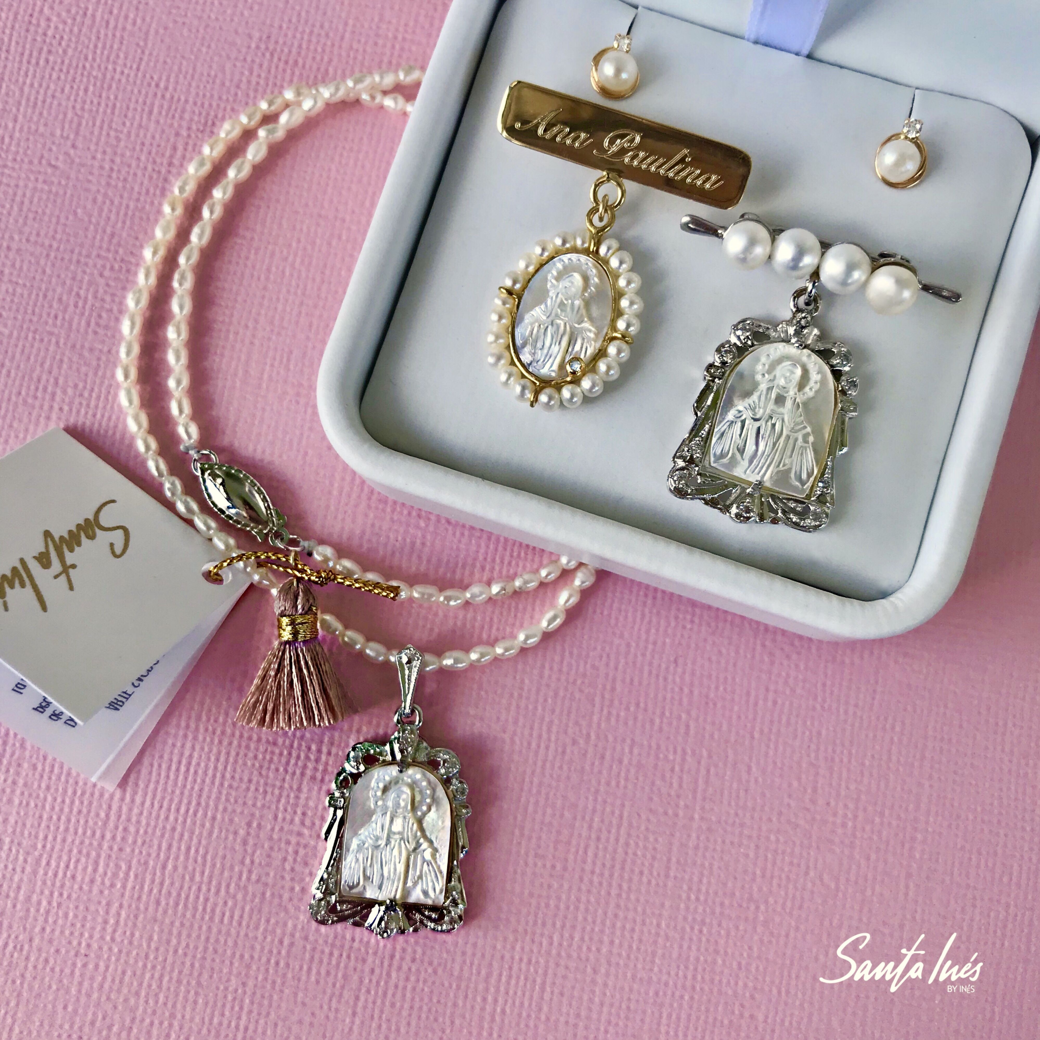 ff519f3a4561 Medallas de la Virgen Milagrosa para mamá e hija 💕 en oro 14k y plata .