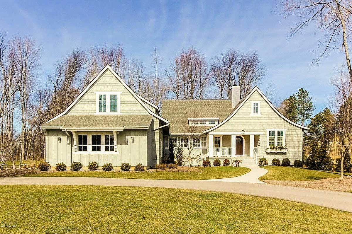 Shingle Style Ranch House Plan with Optional