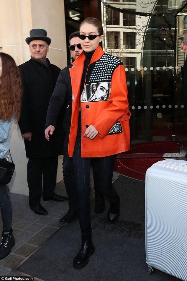 8934a5f26d Gigi Hadid wearing Vogue Eyewear Vo5237s Sunglasses