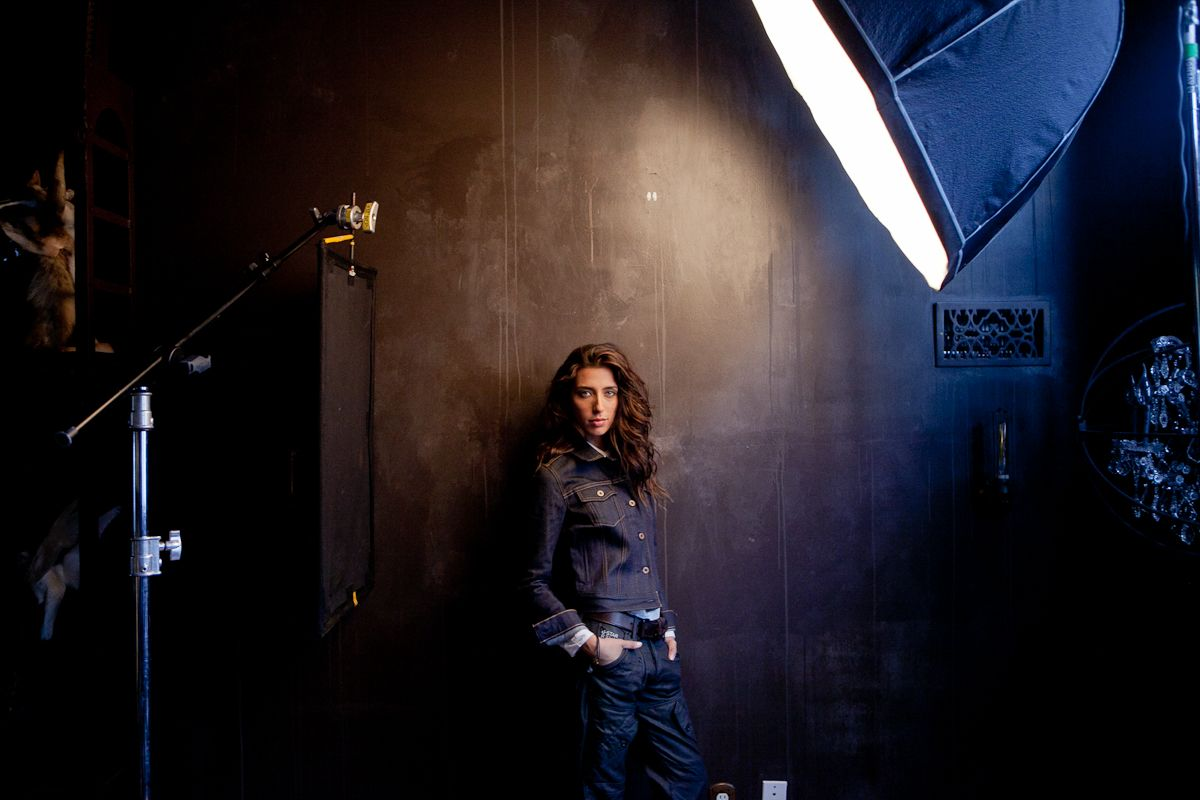 behind the scenes environmental lighting by joey l photography