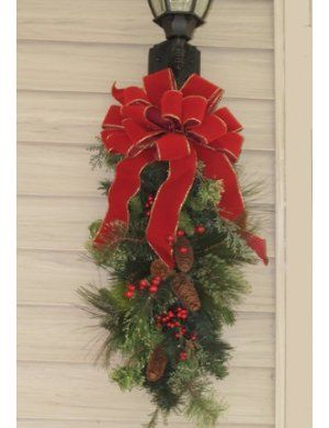 Garage Outdoor Christmas Decorations Christmas Swags Christmas Wreaths