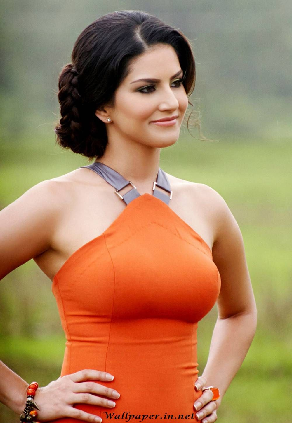 Sunny Leone Hot Sexy Wallpapers Pictures Images Photos