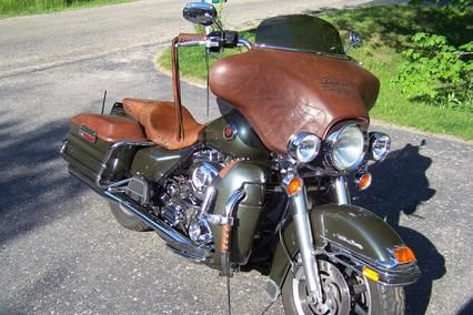 Custom leather fairing covers for Harley-Davidson batwing