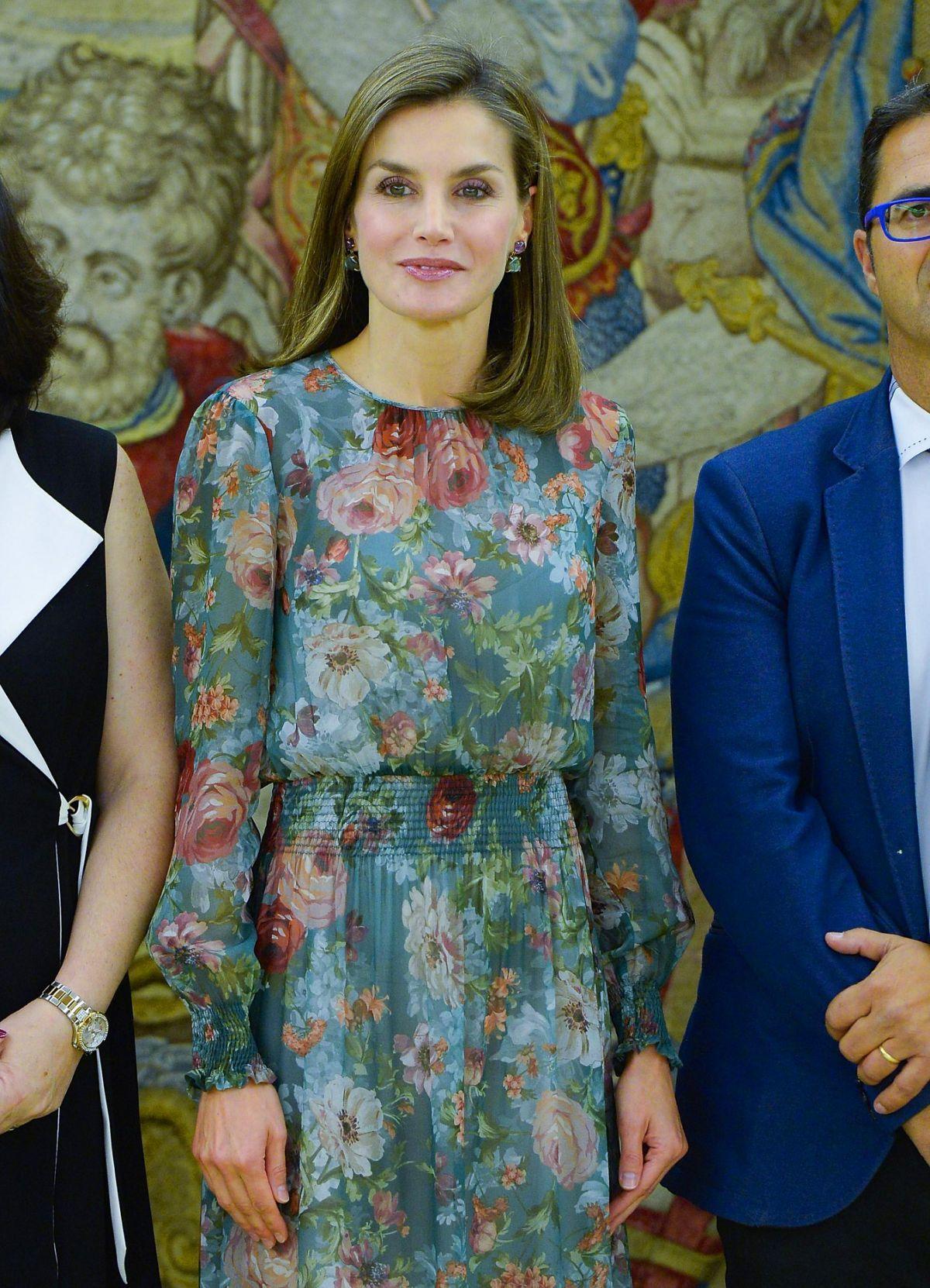 120 Zara Dress Queen Letizia High Street Dresses