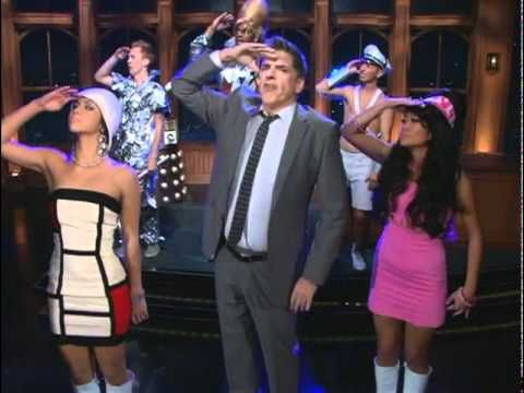 Craig Ferguson and his Doctor Who obsession. I do a similar dance when the theme song plays. :P