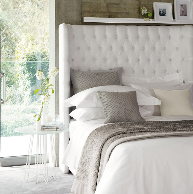 Tips for Arranging Your Bed Pillows for
