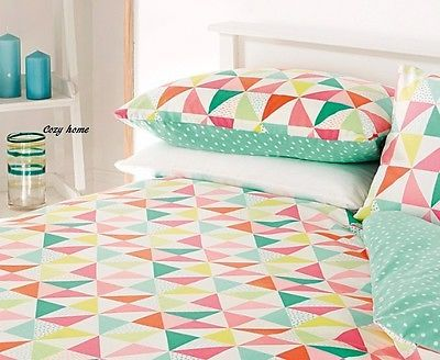 Palm-Springs-Triangles-Geometric-Duvet-Cover-Size-Single-Double-King