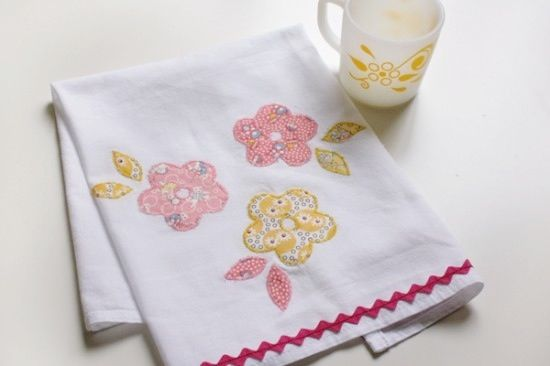 Instructions for making these cute tea towels