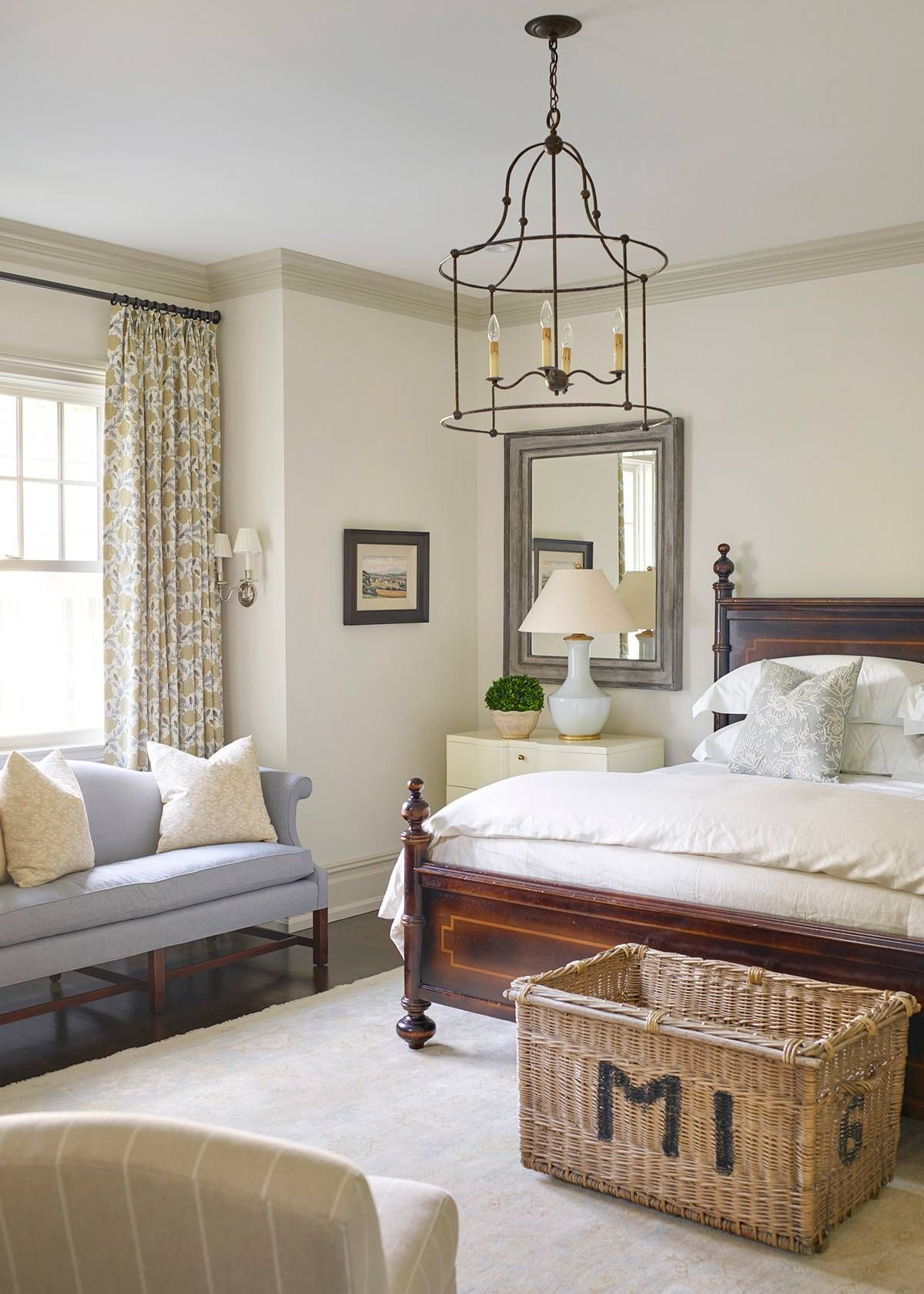 yes this home confirms the updated traditional trend isn t going rh pinterest ca