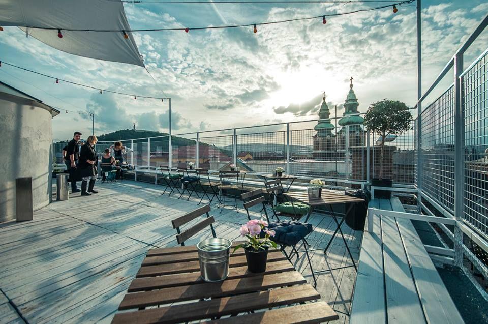 Etonnant Tip Top Bar Budapest
