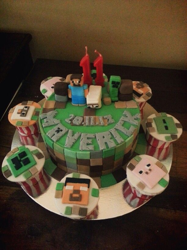 Minecraft Birthday Cake N Cupcakes By Yoyos Cake Cakes N Cup