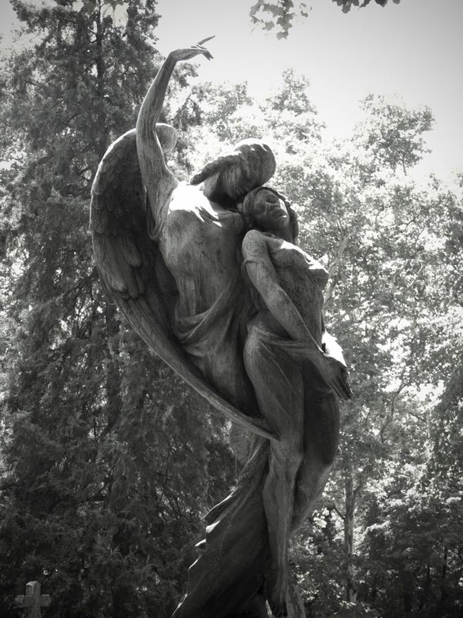 фотографии обнимающихся ангелов во-вторых