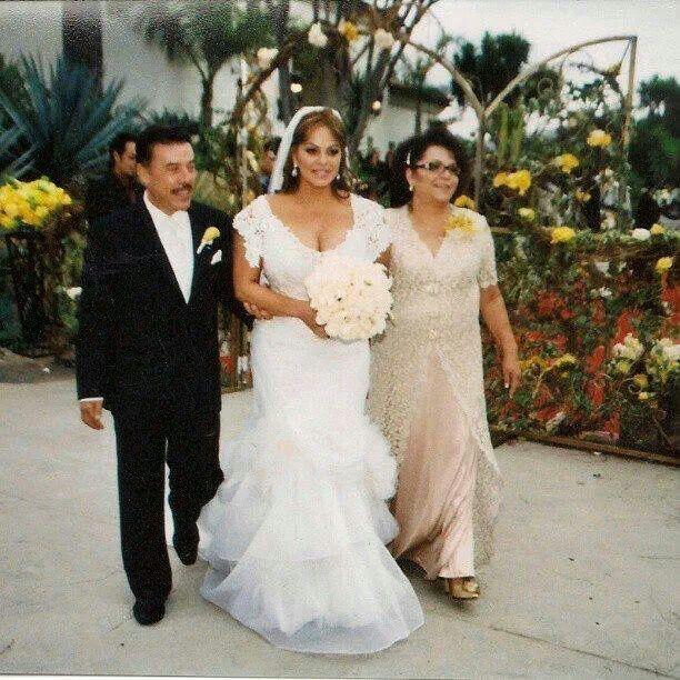 La diva jenny rivera on her wedding day with baseball player ...