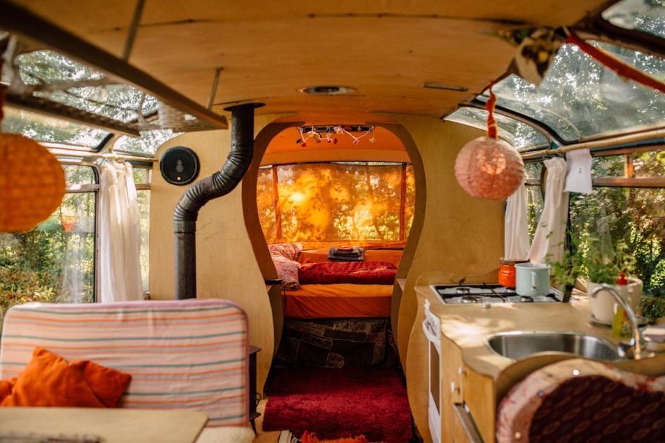 deutschland zehn ausgefallene unterk nfte f r paare in 2019 reisen oldtimer bus. Black Bedroom Furniture Sets. Home Design Ideas
