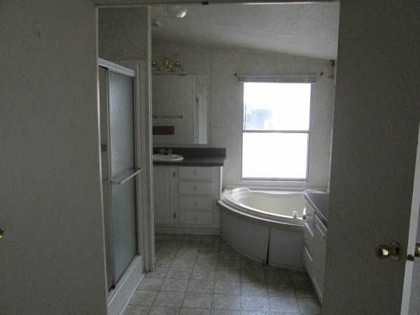 2002 HBO Mobile / Manufactured Home in Firestone, CO via MHVillage.com