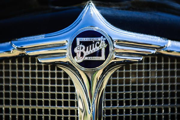 Buick Images By Jill Reger Images Of Buicks 1933 Buick Woody Grille Emblem Buick Car Hood Ornaments Buick Cars