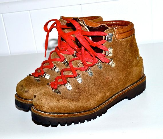 ITALIAN Hiking Boots Vintage Alpine Mountaineering Boots Tan Leather with  Red Laces Rugged Rustic Mens 6 or 7 or Ladies sz 9 Made in Italy. 576e8168505