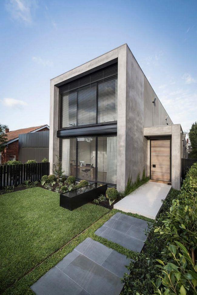 Minimalistisches betonhaus mit pool und garten in for Minimalistisches haus