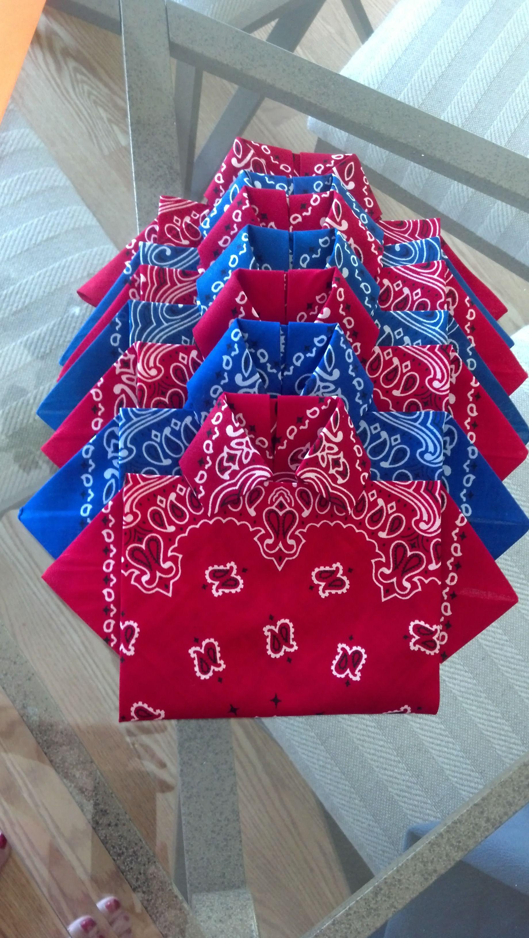 Bandanas Folded Into Shirt Napkins Western Theme Party Napkin Folding Bandana Folding
