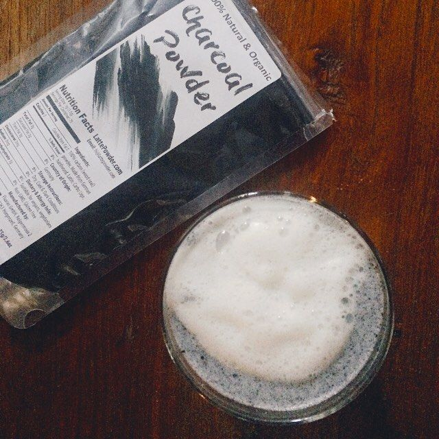 Natural Activated Charcoal For Food And Drinks Is