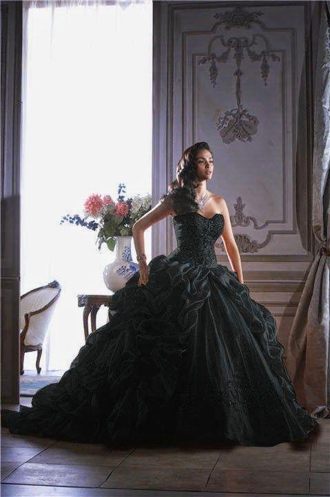 Vestidos de boda color negro