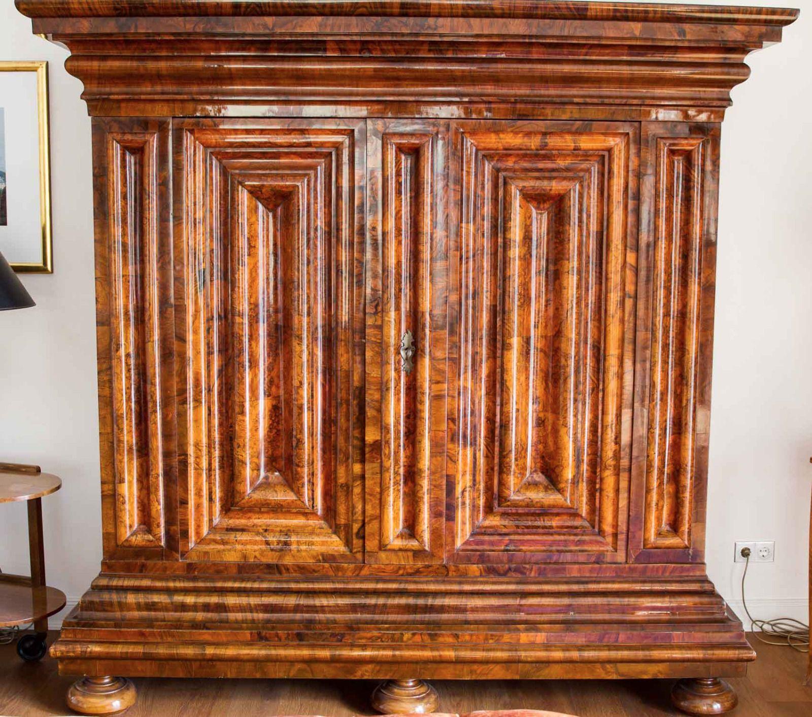Frankfurter Wellenschrank Original Nussbaum In Antiquitaten Amp Kunst Mobiliar Amp Interieur Schranke Ebay Ebay Antike Wolle Kaufen