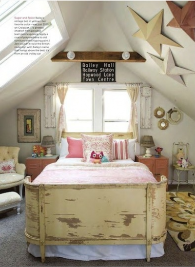 love the stars on the sloping ceiling and wood panel over bed rh pinterest com