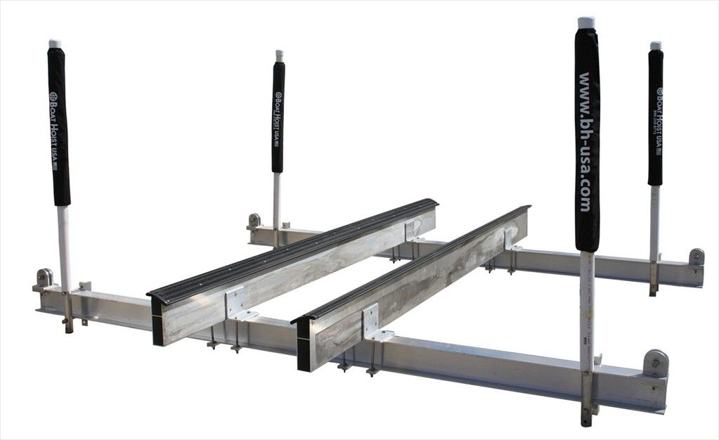 Aluminum boat cradles for vhull boats with inboard