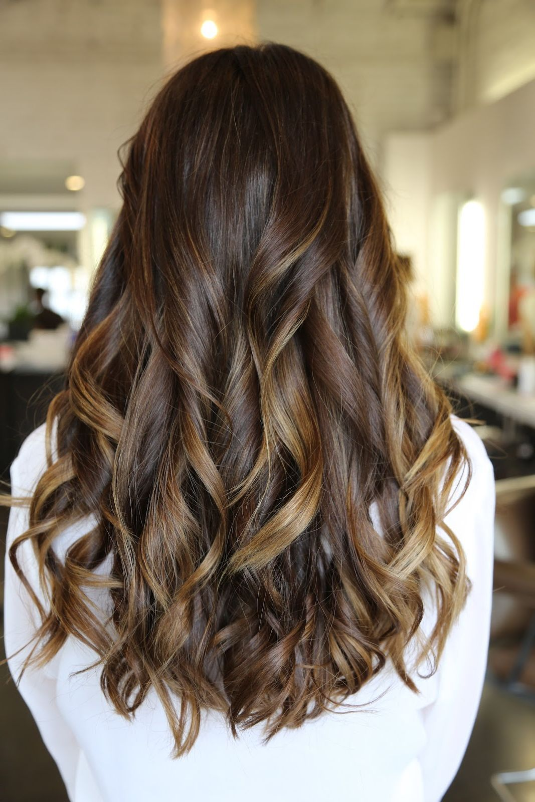 Pictures Of Caramel Blonde Highlights Hairstyles Long Layered Hair