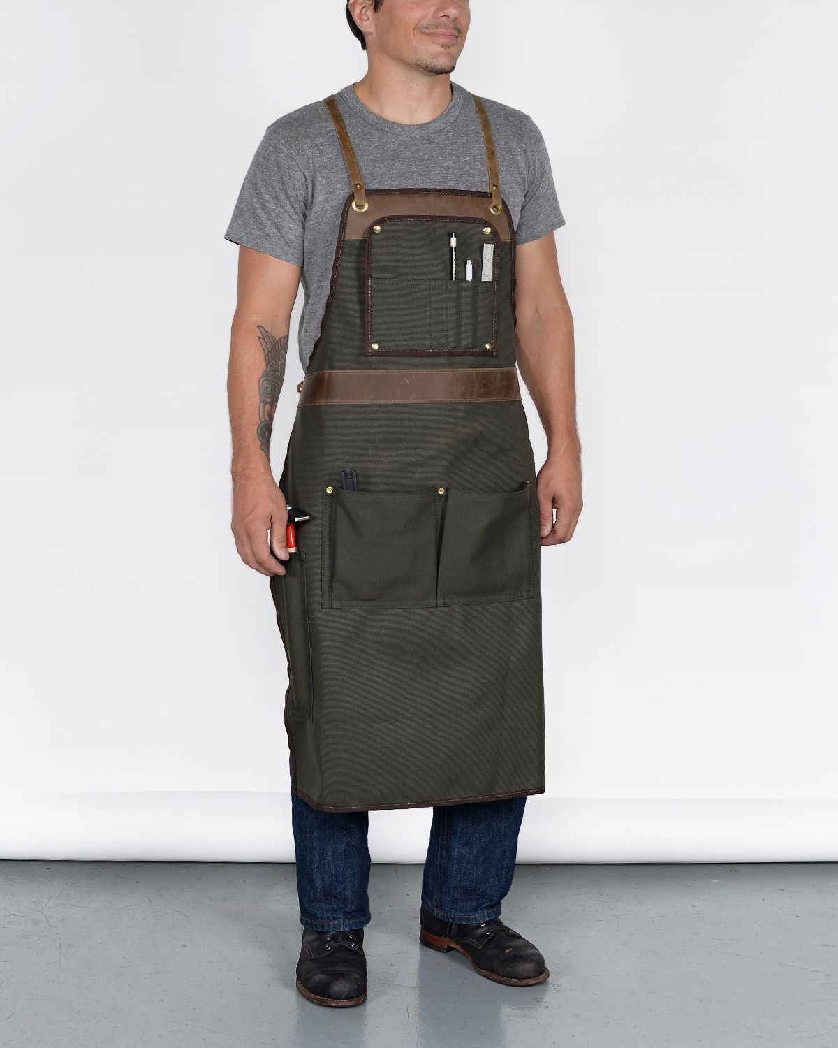"vanport outfitters and hand-eye supply's ""american craftsman apron"