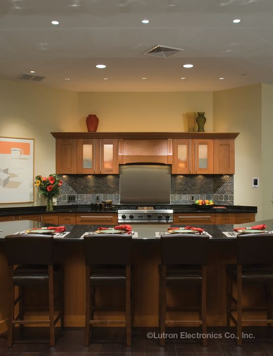 Dimming Your Lights Sets The Mood For A Casual Dinner Www Lutron