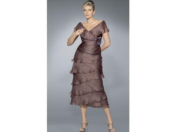 Pronovias ideas de vestidos para la mam de la novia y for Boda en jardin de noche como vestir