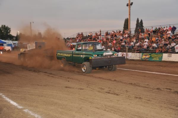 Pin By Tom Hoover On Gone To Ntpa Truck Pulls Tractor