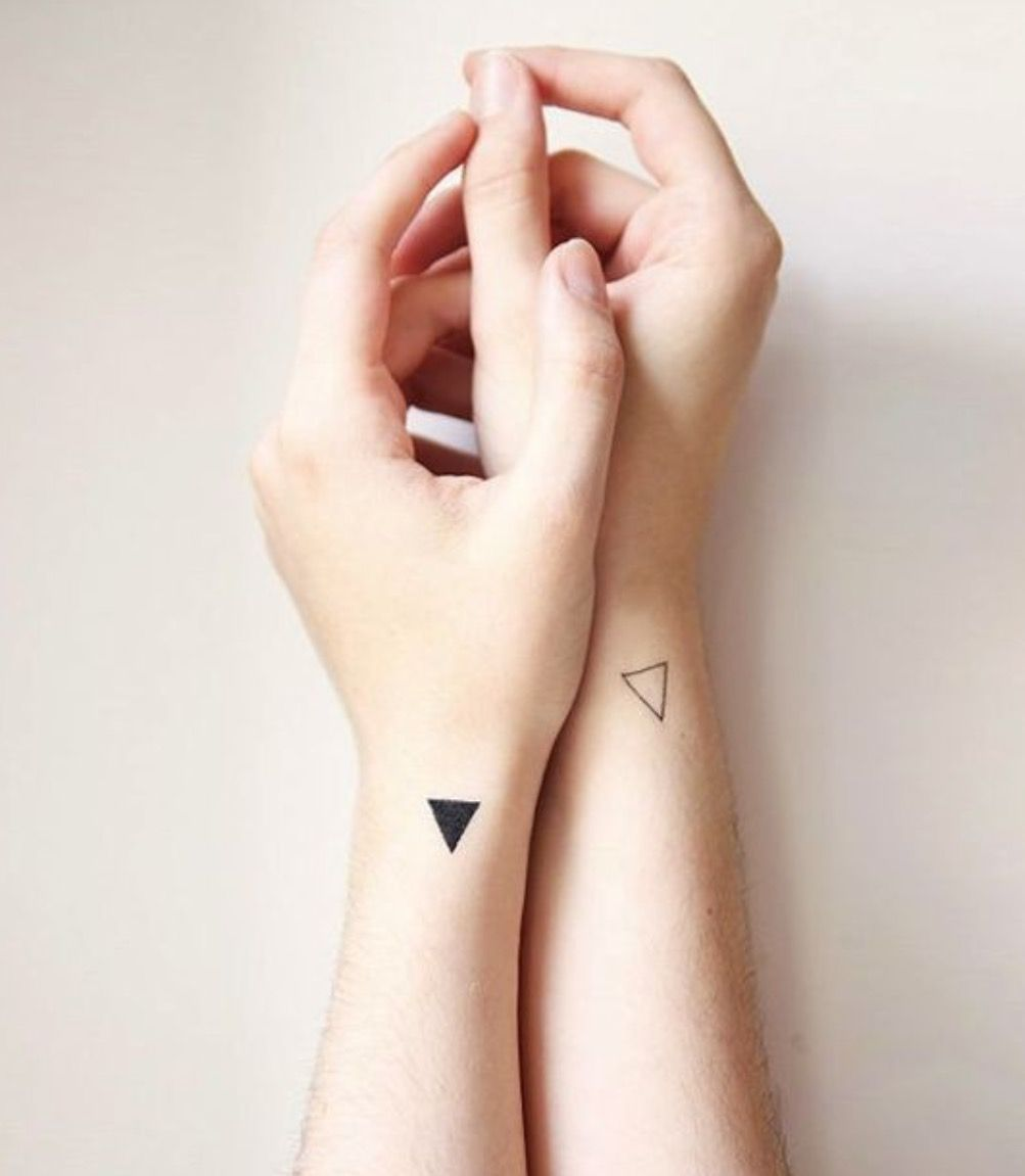 Tiny girl tattoo ideas pin by sara rodrigues on tatuagens pequenas  pinterest  hennas and