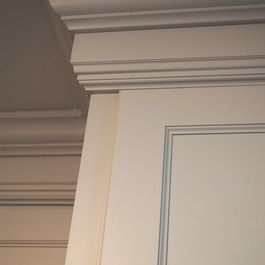 build up cabinets with stacked moulding kitchen hamptons kitchen rh pinterest com