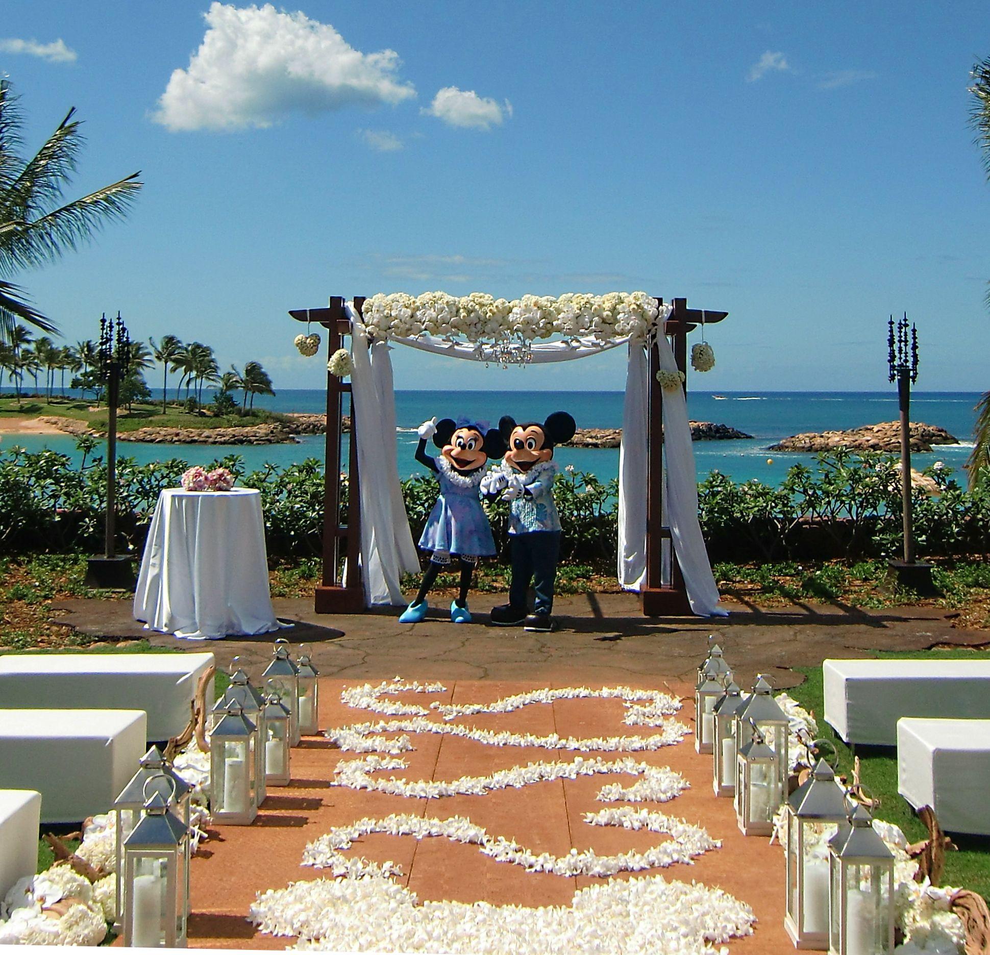 Wedding Ceremony At Disney Vacation Club Aulani Hawaii 10 Anniversary Idea
