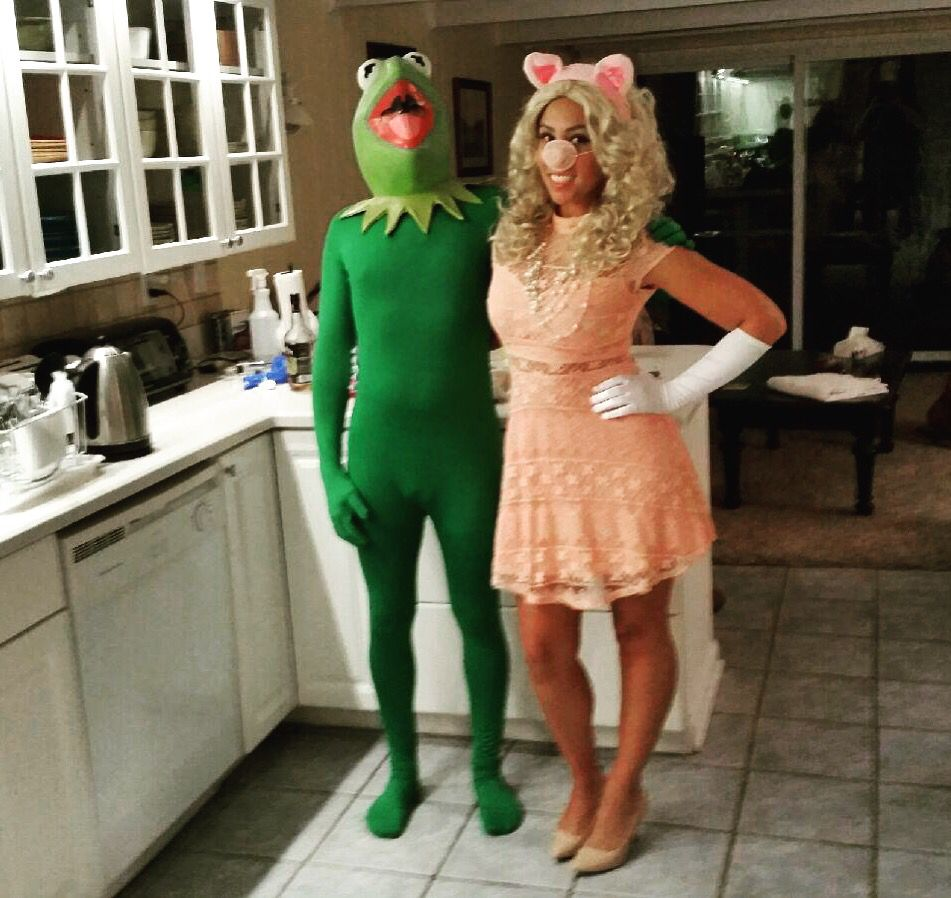 kermit the frog and miss piggy halloween costumes pinterest fasching. Black Bedroom Furniture Sets. Home Design Ideas