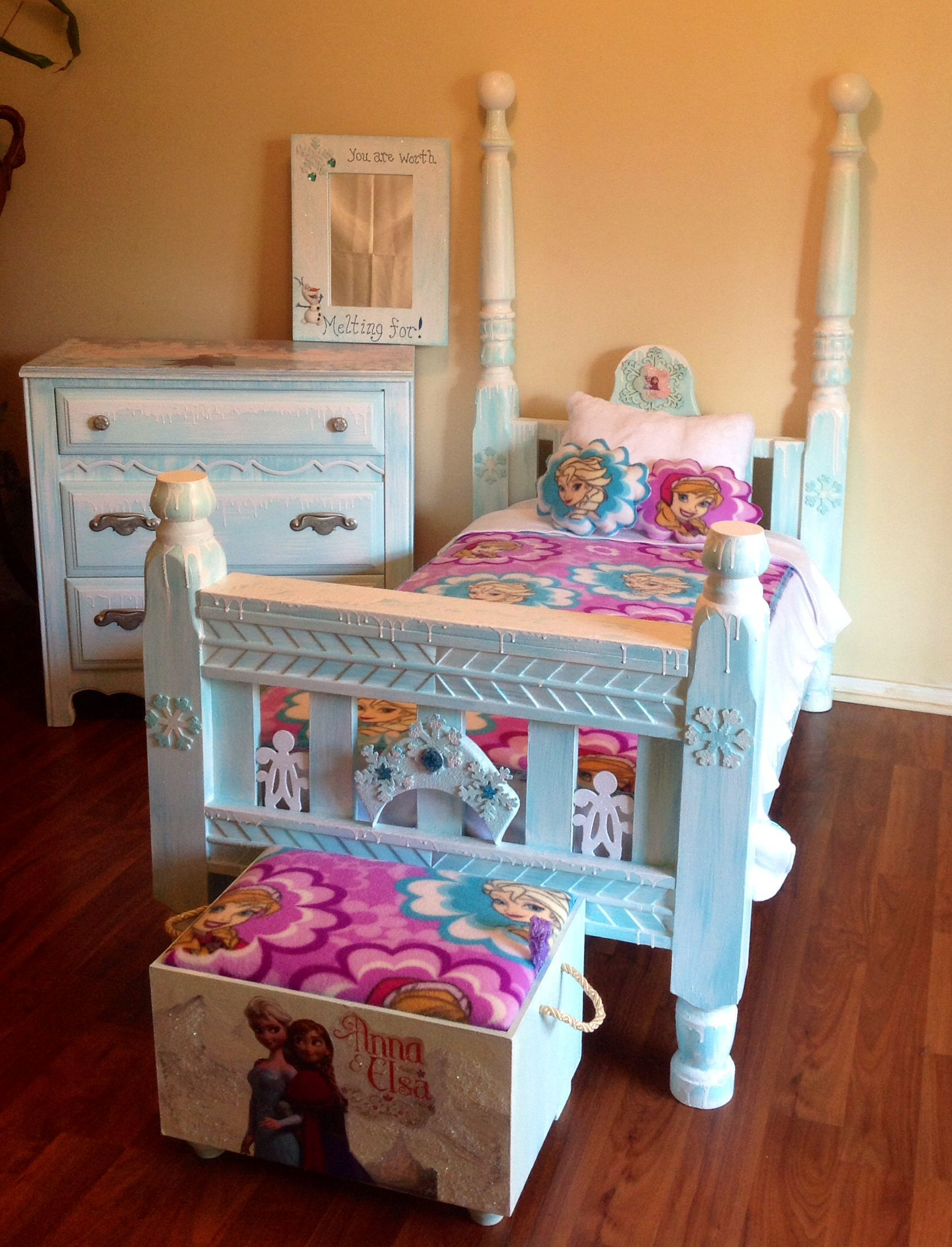 my shabby chic frozen toddler bedroom set home yard toddler rh pinterest com