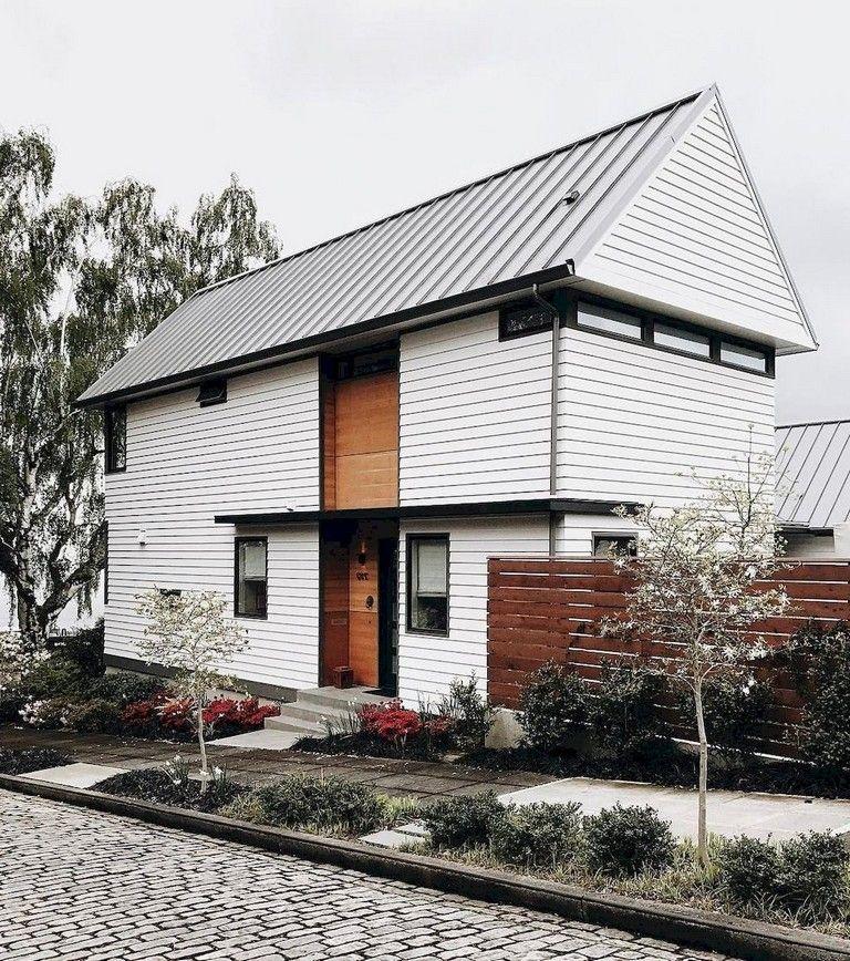 35 Exciting Modern Farmhouse Home Exterior Design Ideas #modernfarmhousestyle