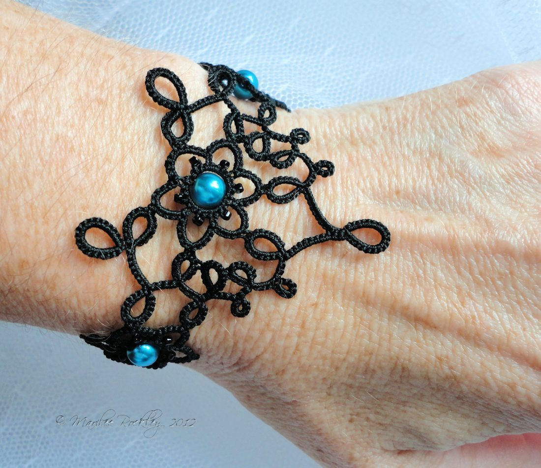 Tatted lace bracelet Art Nouveau black. $30,00, via Etsy.