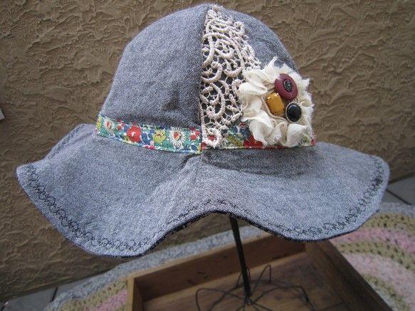 子供用の帽子 sサイズ(55~56)cmです。お子様の頭のサイズにもよりますが、目安で小学生高学年~くらいだと思います。大人の方は小さめです。綿麻生地にリバテ... ハンドメイド、手作り、手仕事品の通販・販売・購入ならCreema。